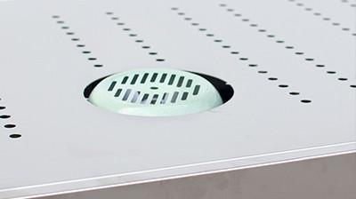 Máy sấy thực phẩm khí nóng công nghiệp GE - hệ thống tản nhiệt và khe gió giúp máy hoạt động liên tục