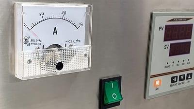 Máy sấy thực phẩm khí nóng công nghiệp GE trang bị Ampe kế kiểm soát cường độ dòng điện hiệu quả