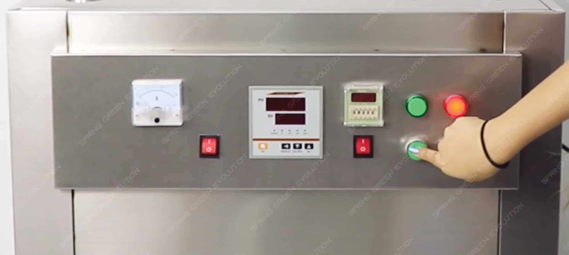 Máy sấy thực phẩm khí nóng công nghiệp GE - cài đặt thời gian và nhiệt độ làm việc