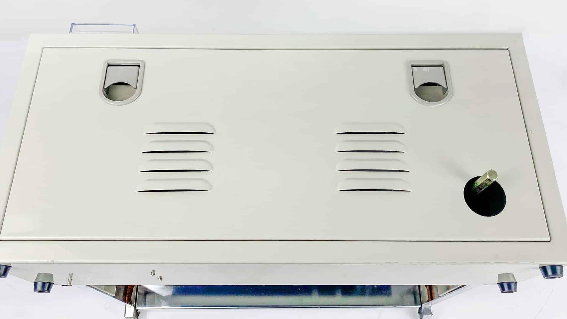 máy hàn miệng túi tự động băng chuyền AS02 trang bị hệ thống tản nhiệt giúp máy hoạt động liên tục