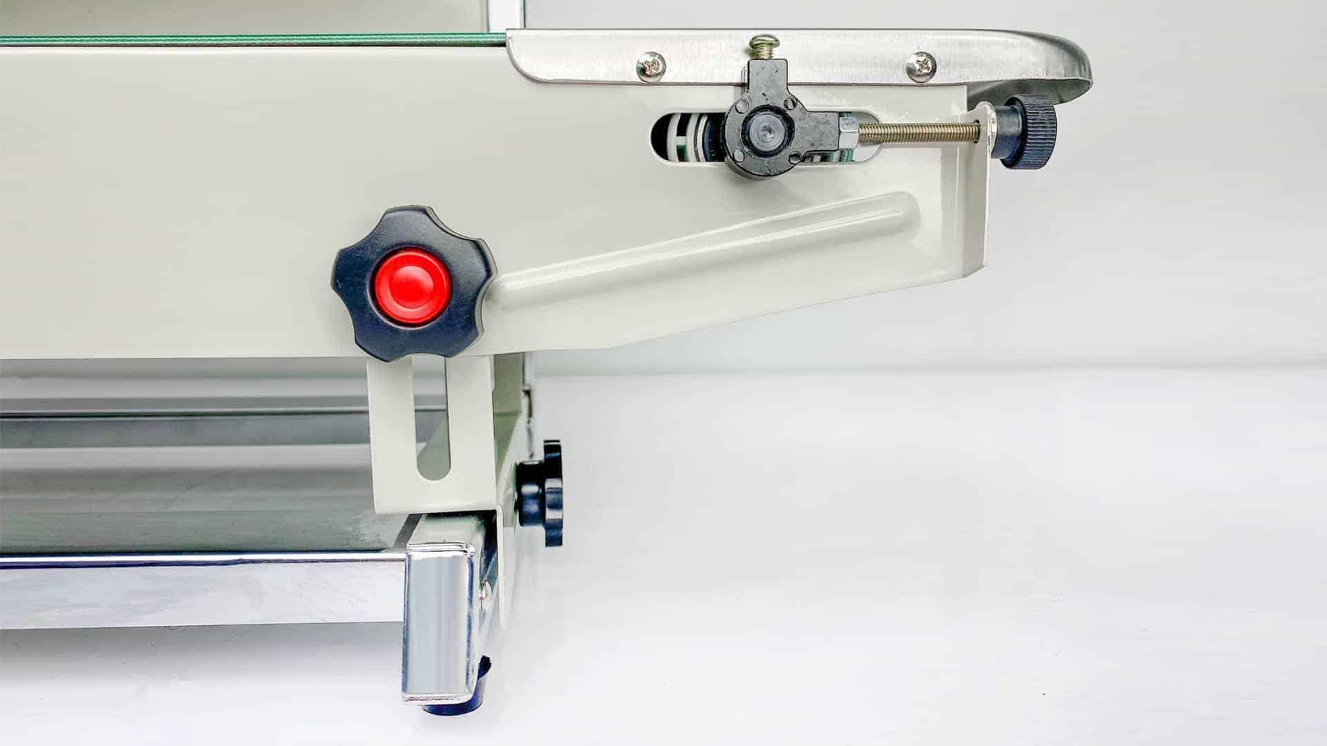 Tính năng máy hàn miệng túi tự động băng chuyền AS02